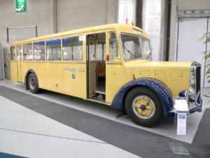 1280px-Berna_4_UPO_Autobus_1946